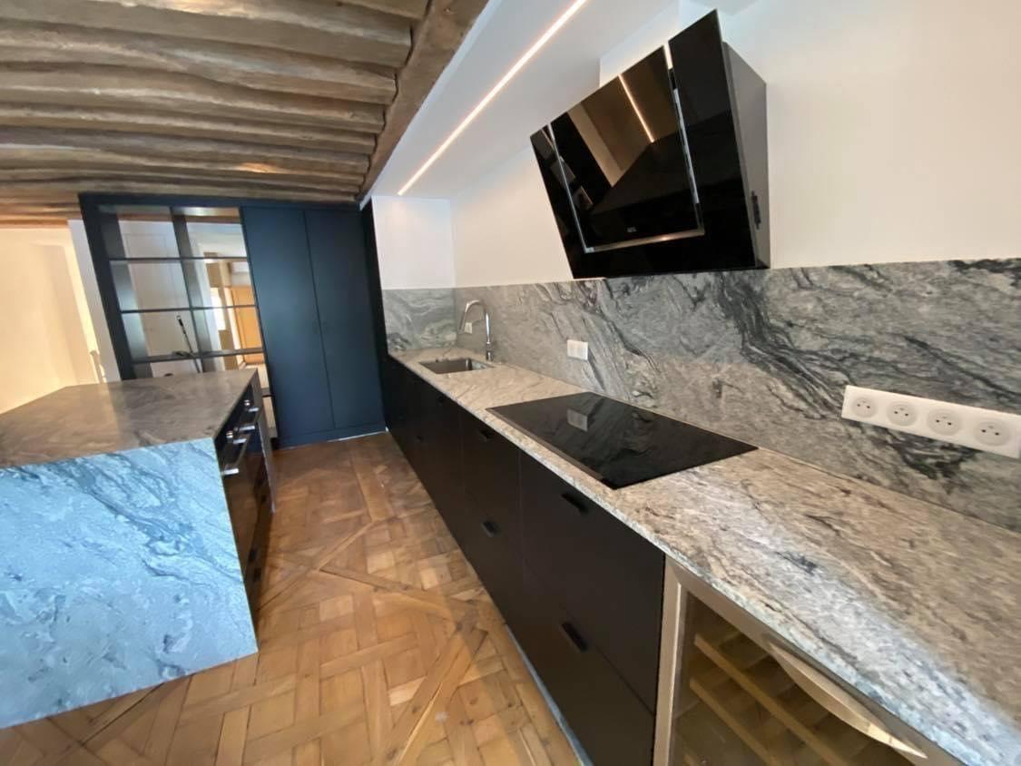 Plan-travail-cuisine-design-marbrerie-granit-STC-Paris