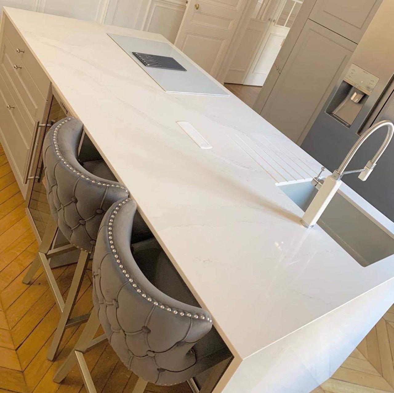 Plan-travail-cuisine-marbrerie-blanc-silestone-STC-Paris