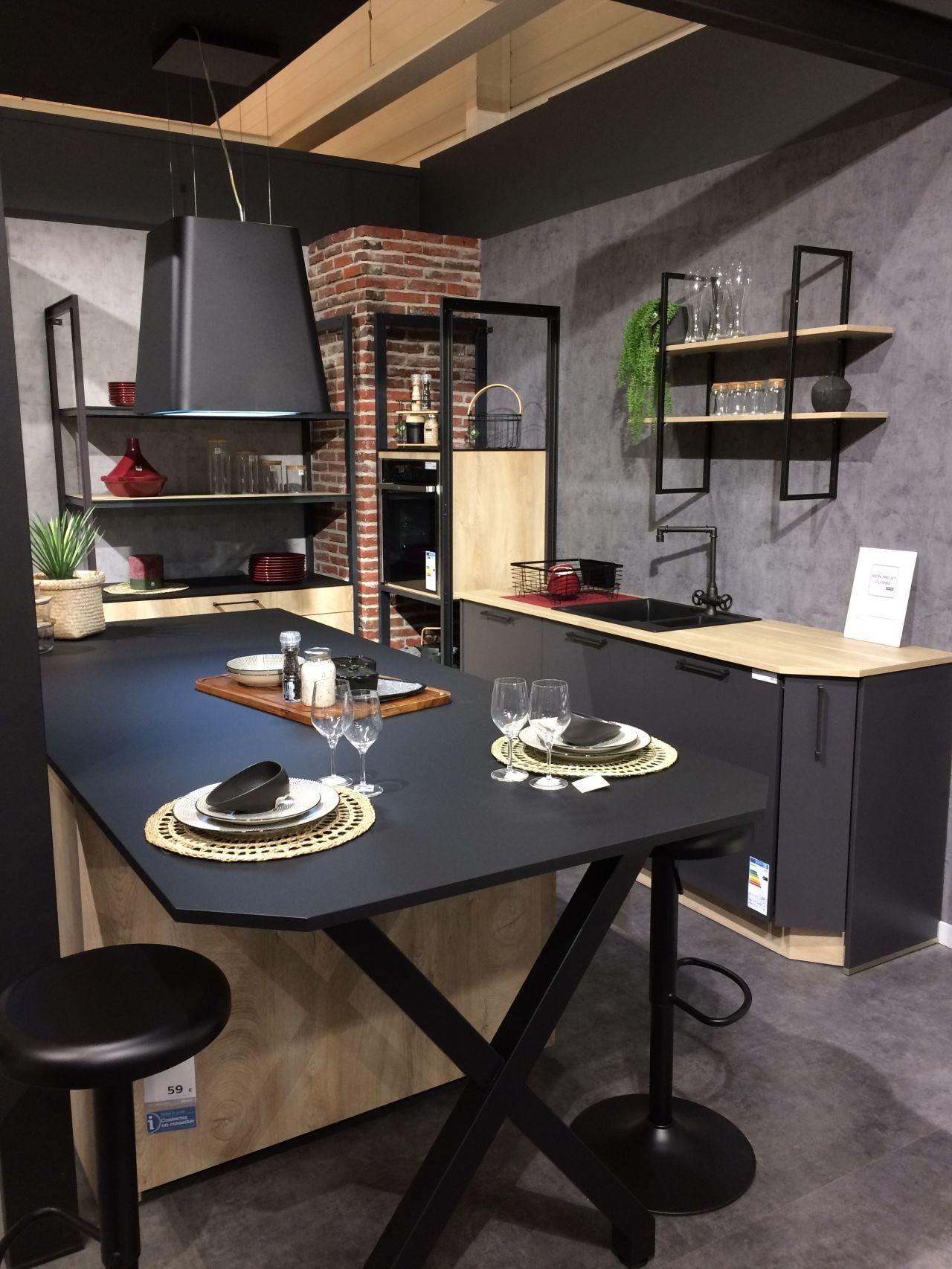 Plan-travail-sur-mesure-cuisine-compact-fenix-nero-ingo-STC-Paris