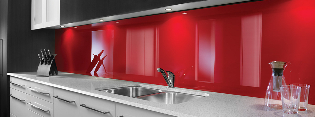 Credence-surmesure-personnalisee-polycarbonate-3mm-rouge-stc